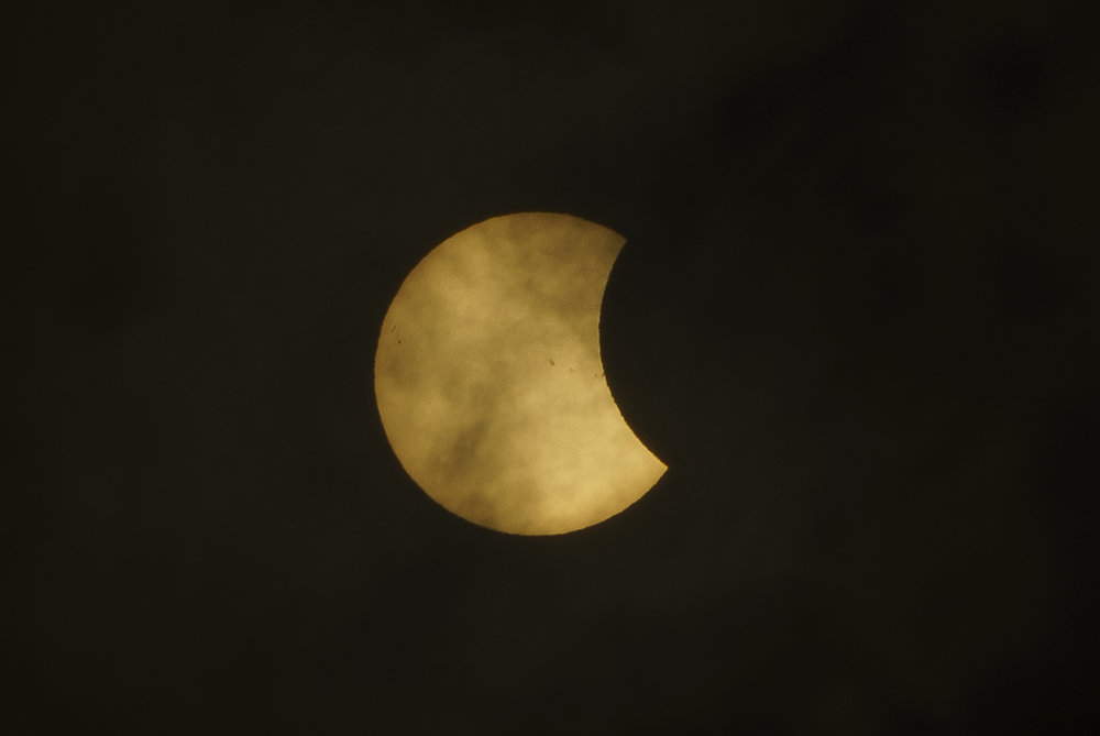 Eclipse_by_Enrique-Urdaneta_20170821-001.jpg