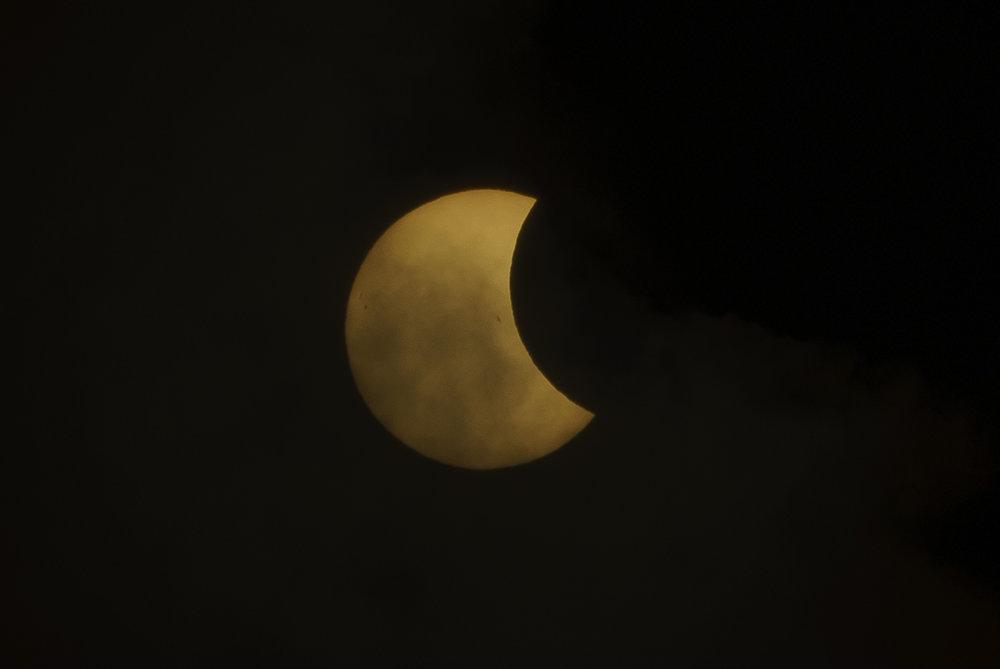 Eclipse_by_Enrique-Urdaneta_20170821-004.jpg