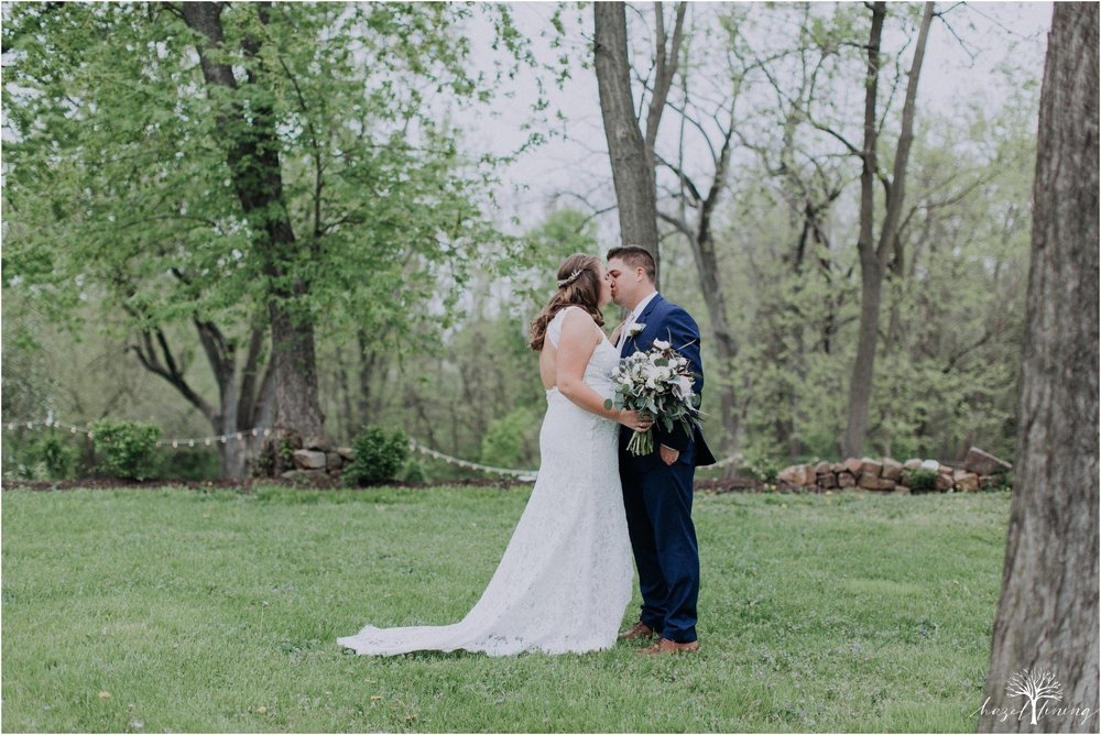 hazel-lining-travel-wedding-elopement-photography-abby-skyler-hunt-the-willis-house-york-pennsylvania-outdoor-estate-wedding_0025.jpg