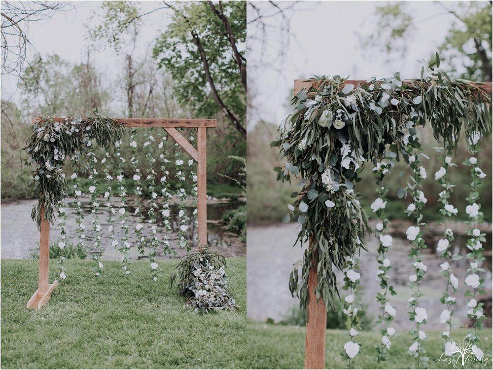 hazel-lining-travel-wedding-elopement-photography-abby-skyler-hunt-the-willis-house-york-pennsylvania-outdoor-estate-wedding_0070.jpg