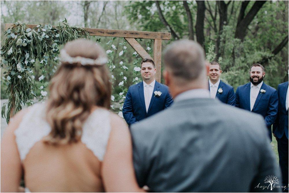 hazel-lining-travel-wedding-elopement-photography-abby-skyler-hunt-the-willis-house-york-pennsylvania-outdoor-estate-wedding_0081.jpg