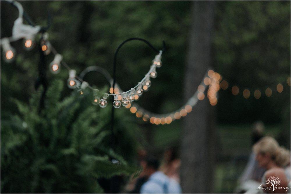 hazel-lining-travel-wedding-elopement-photography-abby-skyler-hunt-the-willis-house-york-pennsylvania-outdoor-estate-wedding_0105.jpg