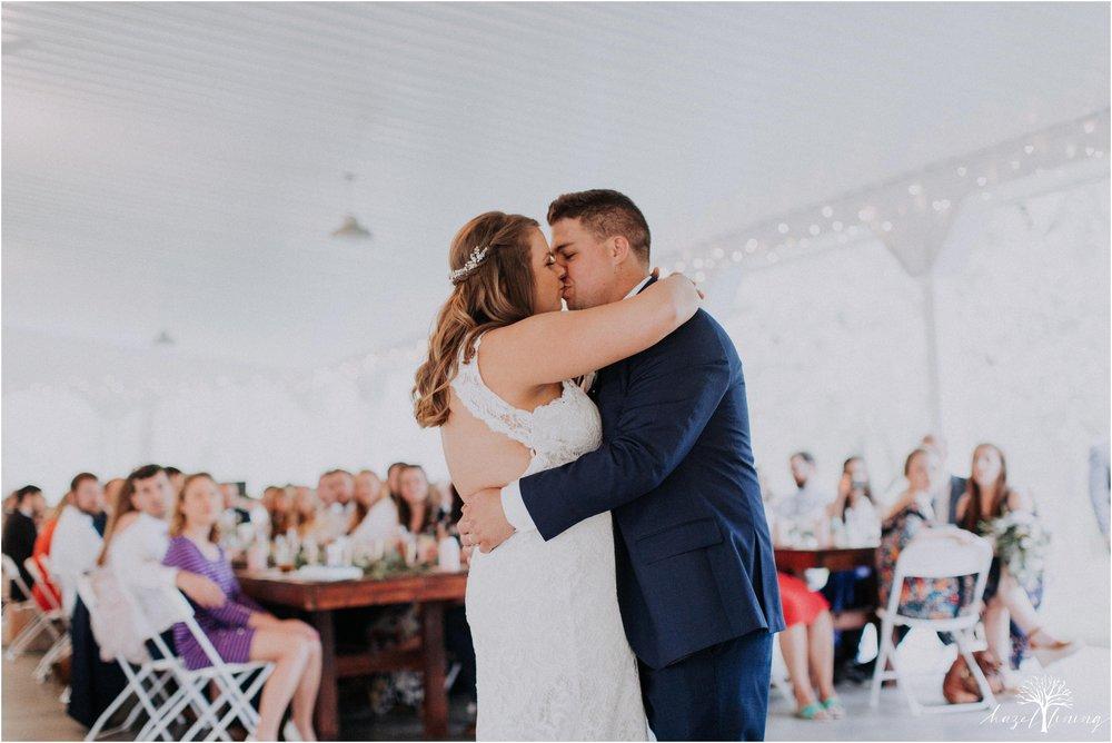 hazel-lining-travel-wedding-elopement-photography-abby-skyler-hunt-the-willis-house-york-pennsylvania-outdoor-estate-wedding_0113.jpg