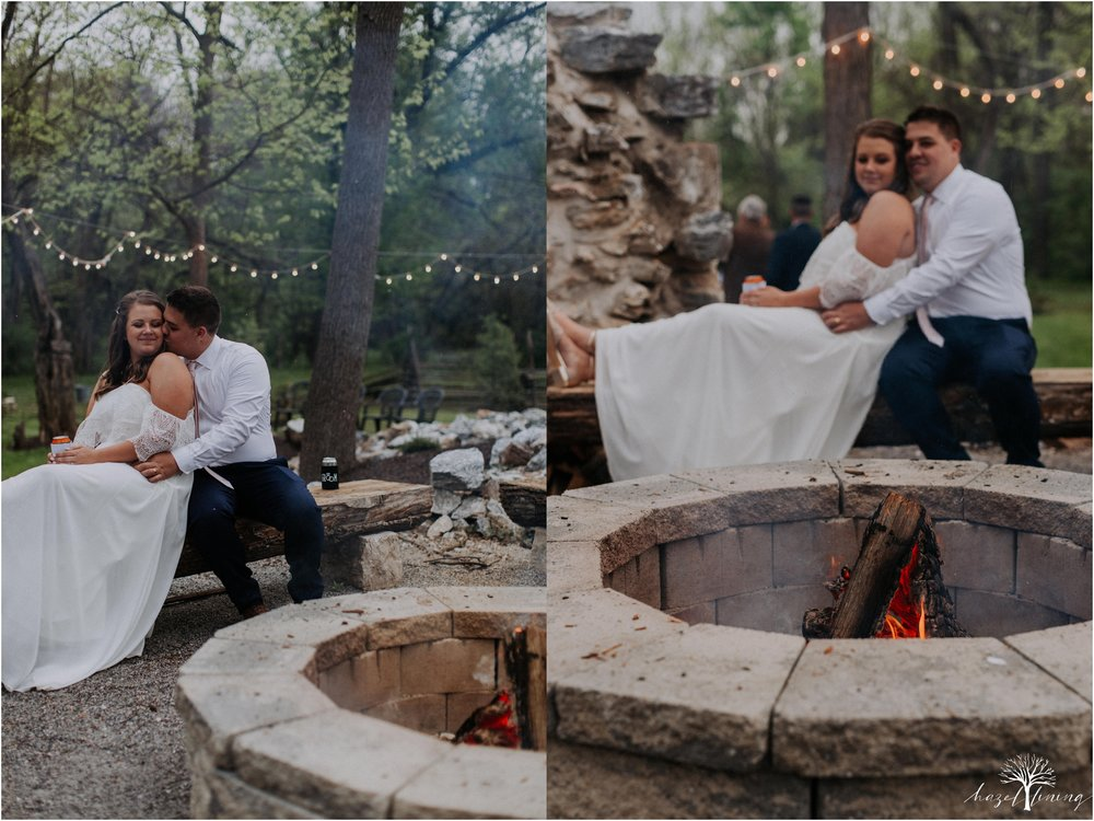 hazel-lining-travel-wedding-elopement-photography-abby-skyler-hunt-the-willis-house-york-pennsylvania-outdoor-estate-wedding_0132.jpg