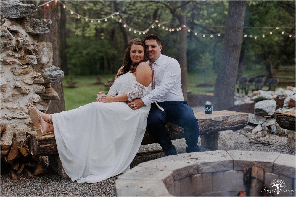 hazel-lining-travel-wedding-elopement-photography-abby-skyler-hunt-the-willis-house-york-pennsylvania-outdoor-estate-wedding_0133.jpg