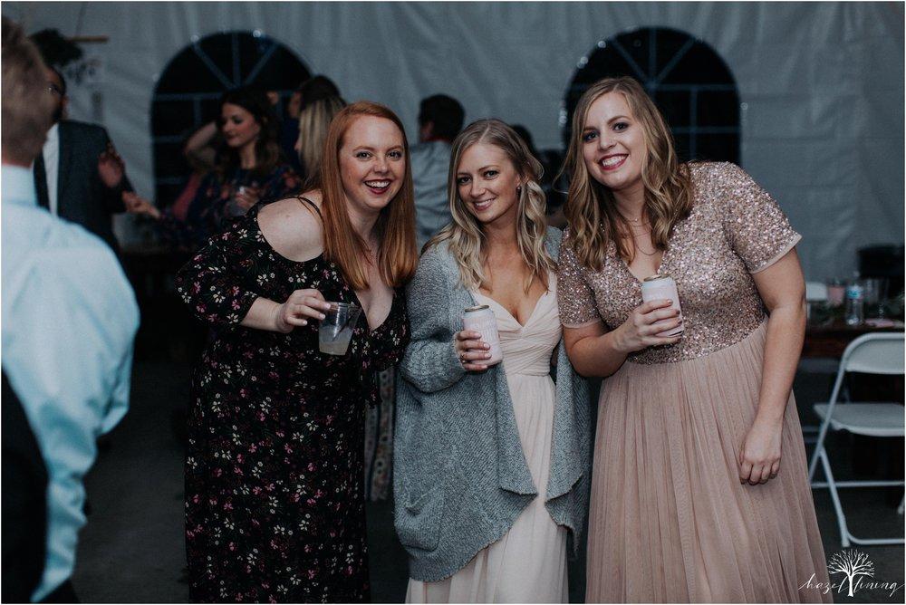 hazel-lining-travel-wedding-elopement-photography-abby-skyler-hunt-the-willis-house-york-pennsylvania-outdoor-estate-wedding_0150.jpg