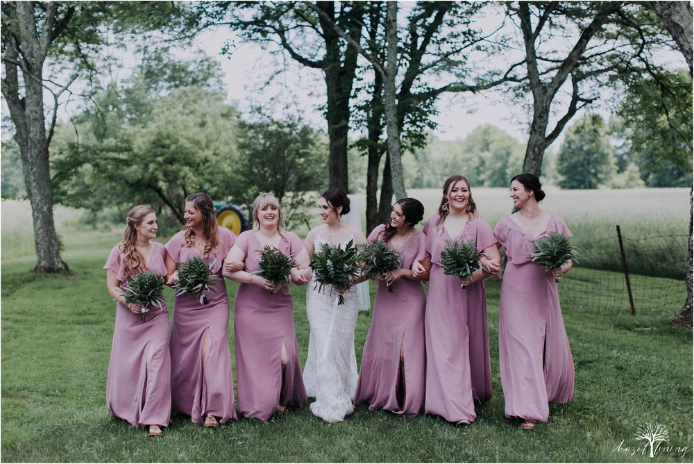 hazel-lining-travel-wedding-elopement-photography-lisa-landon-shoemaker-the-farm-bakery-and-events-bucks-county-quakertown-pennsylvania-summer-country-outdoor-farm-wedding_0032.jpg