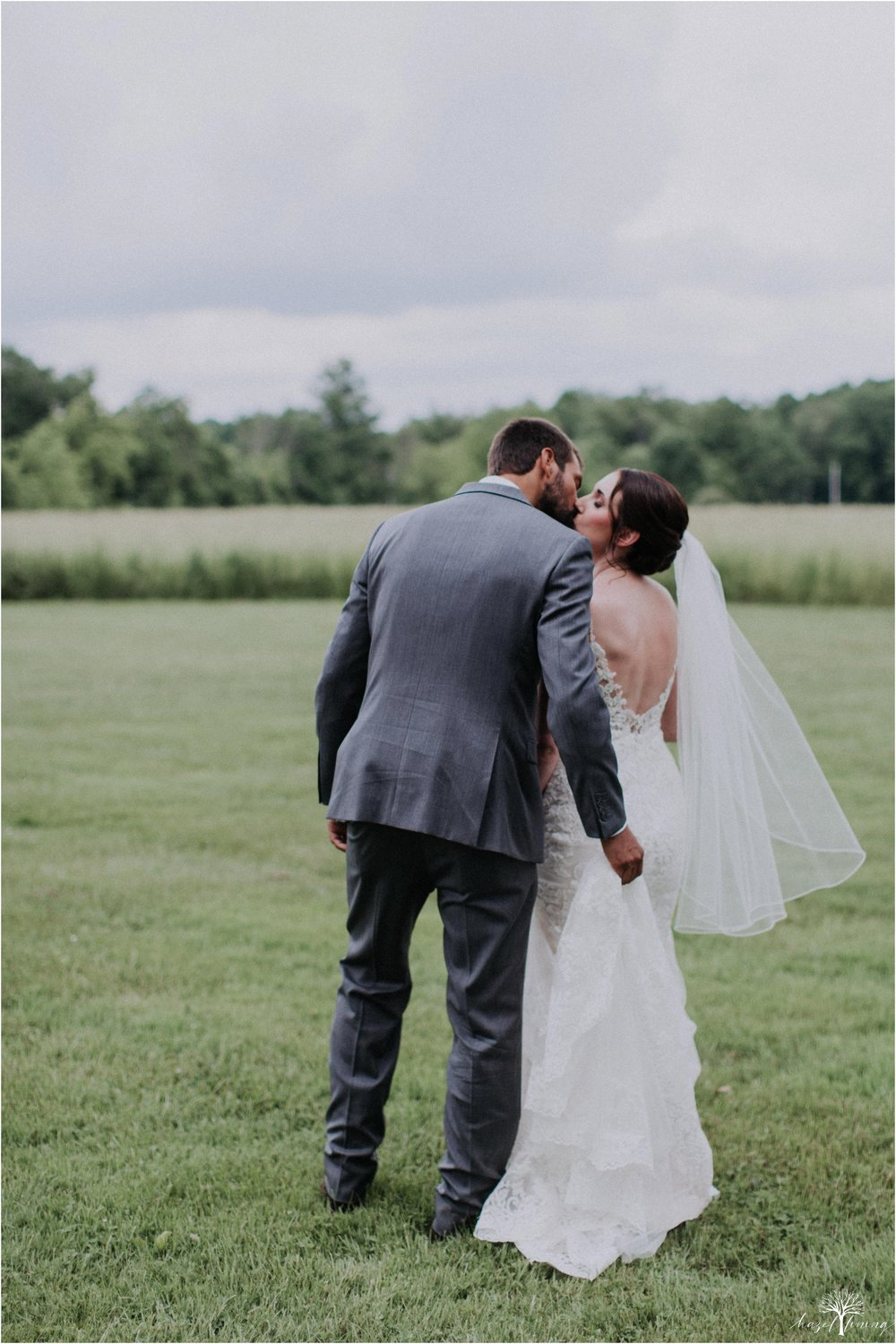 hazel-lining-travel-wedding-elopement-photography-lisa-landon-shoemaker-the-farm-bakery-and-events-bucks-county-quakertown-pennsylvania-summer-country-outdoor-farm-wedding_0084.jpg