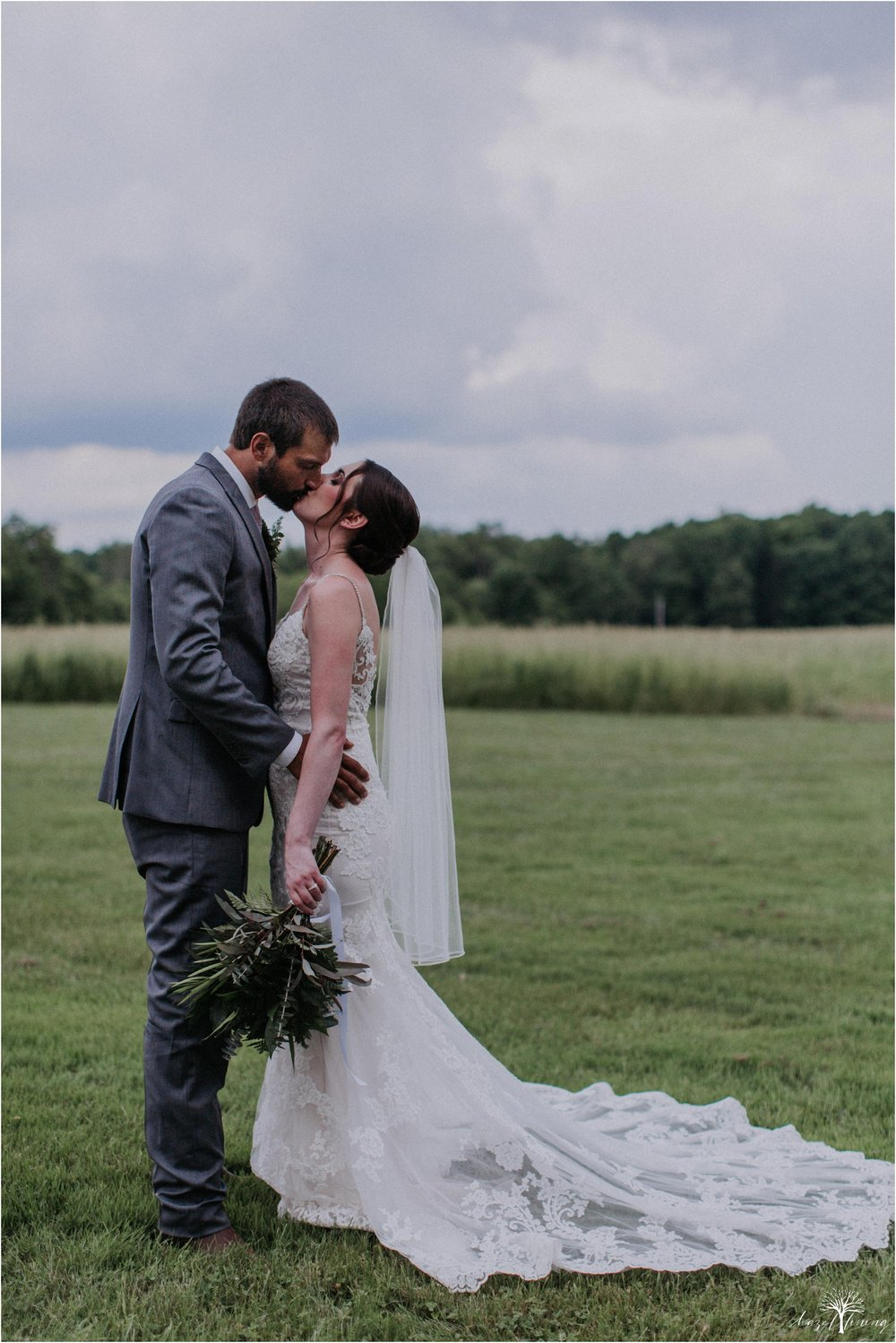 hazel-lining-travel-wedding-elopement-photography-lisa-landon-shoemaker-the-farm-bakery-and-events-bucks-county-quakertown-pennsylvania-summer-country-outdoor-farm-wedding_0086.jpg