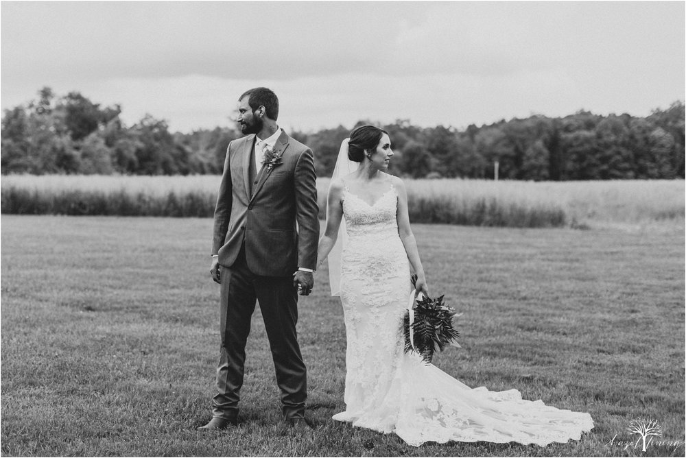 hazel-lining-travel-wedding-elopement-photography-lisa-landon-shoemaker-the-farm-bakery-and-events-bucks-county-quakertown-pennsylvania-summer-country-outdoor-farm-wedding_0094.jpg