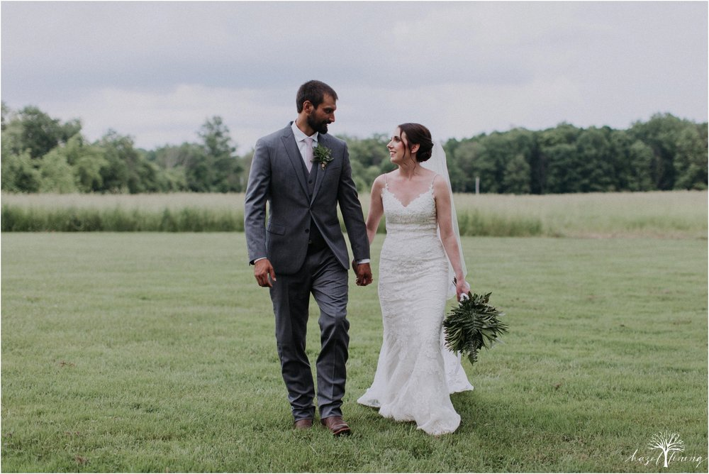 hazel-lining-travel-wedding-elopement-photography-lisa-landon-shoemaker-the-farm-bakery-and-events-bucks-county-quakertown-pennsylvania-summer-country-outdoor-farm-wedding_0096.jpg
