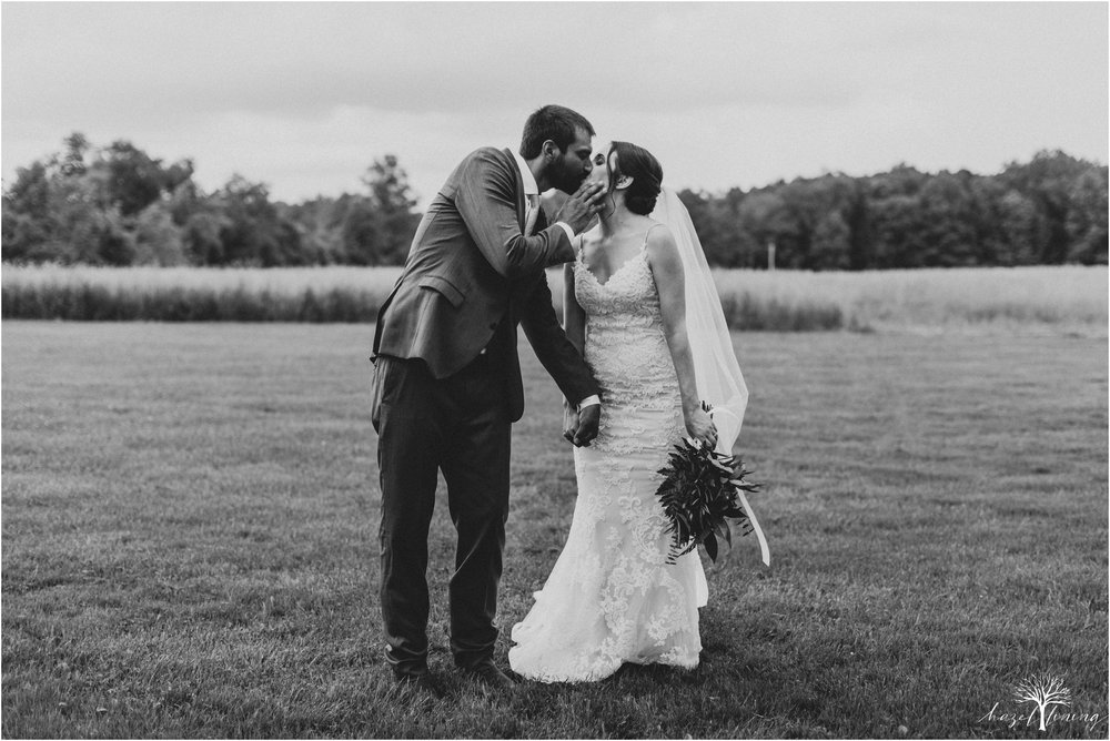 hazel-lining-travel-wedding-elopement-photography-lisa-landon-shoemaker-the-farm-bakery-and-events-bucks-county-quakertown-pennsylvania-summer-country-outdoor-farm-wedding_0095.jpg