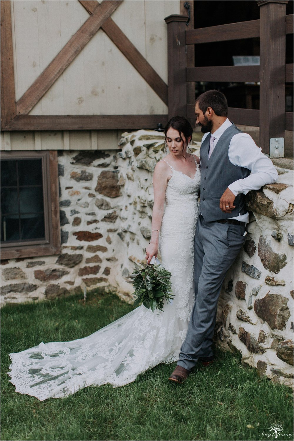 hazel-lining-travel-wedding-elopement-photography-lisa-landon-shoemaker-the-farm-bakery-and-events-bucks-county-quakertown-pennsylvania-summer-country-outdoor-farm-wedding_0100.jpg