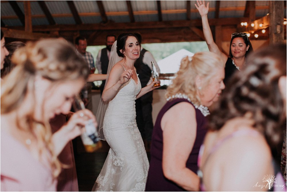 hazel-lining-travel-wedding-elopement-photography-lisa-landon-shoemaker-the-farm-bakery-and-events-bucks-county-quakertown-pennsylvania-summer-country-outdoor-farm-wedding_0150.jpg