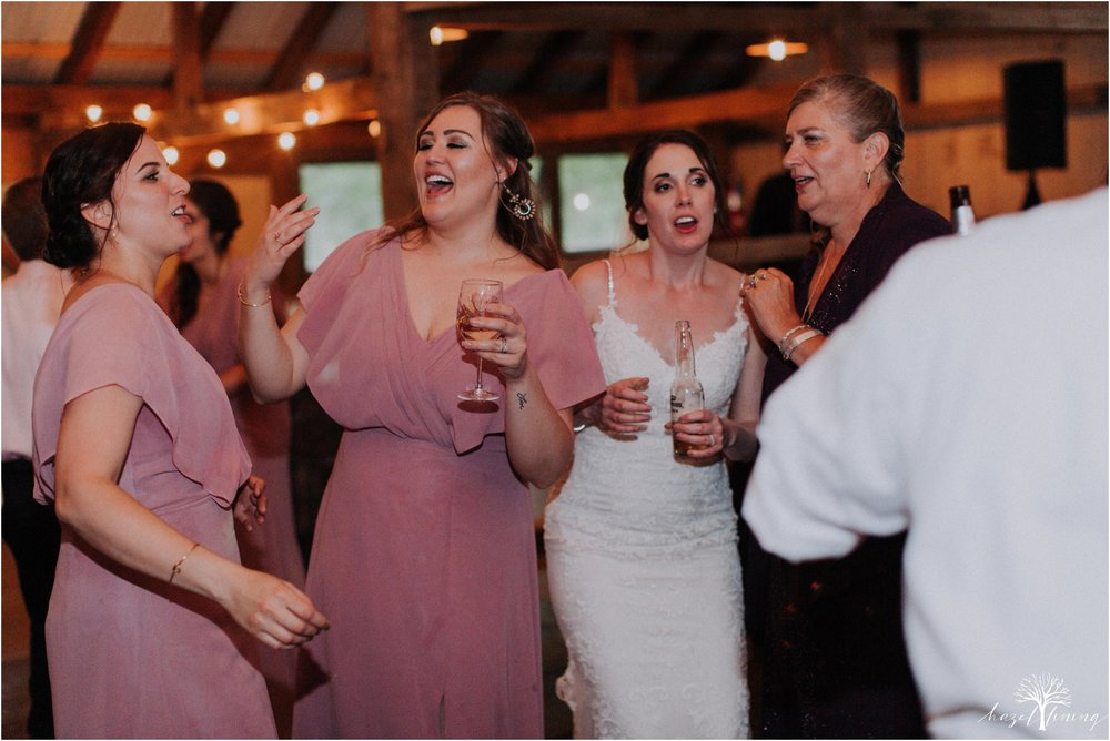 hazel-lining-travel-wedding-elopement-photography-lisa-landon-shoemaker-the-farm-bakery-and-events-bucks-county-quakertown-pennsylvania-summer-country-outdoor-farm-wedding_0152.jpg