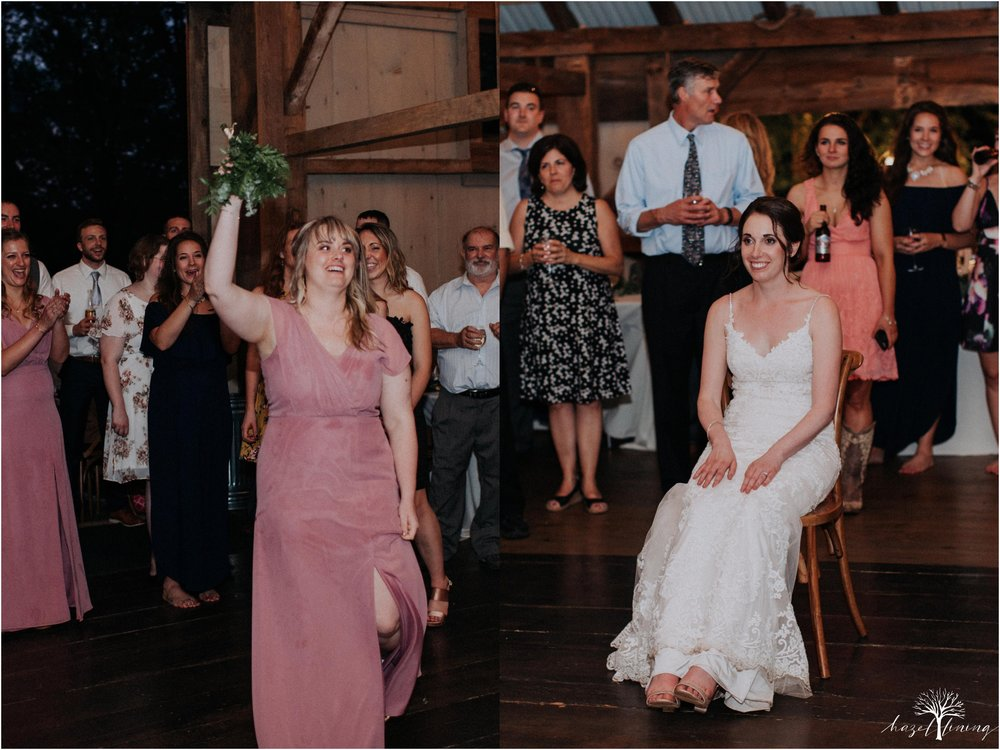 hazel-lining-travel-wedding-elopement-photography-lisa-landon-shoemaker-the-farm-bakery-and-events-bucks-county-quakertown-pennsylvania-summer-country-outdoor-farm-wedding_0164.jpg