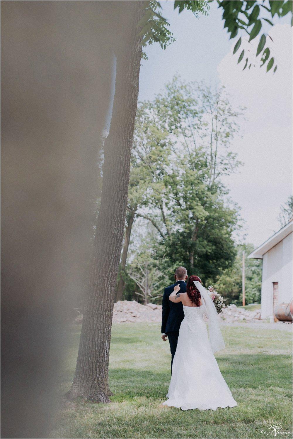 alyssa-james-stiteler-wedding-loft-and-sweet-water-cc-pennsburg-pennsylvania-hazel-lining-travel-wedding-elopement-photography_0026.jpg