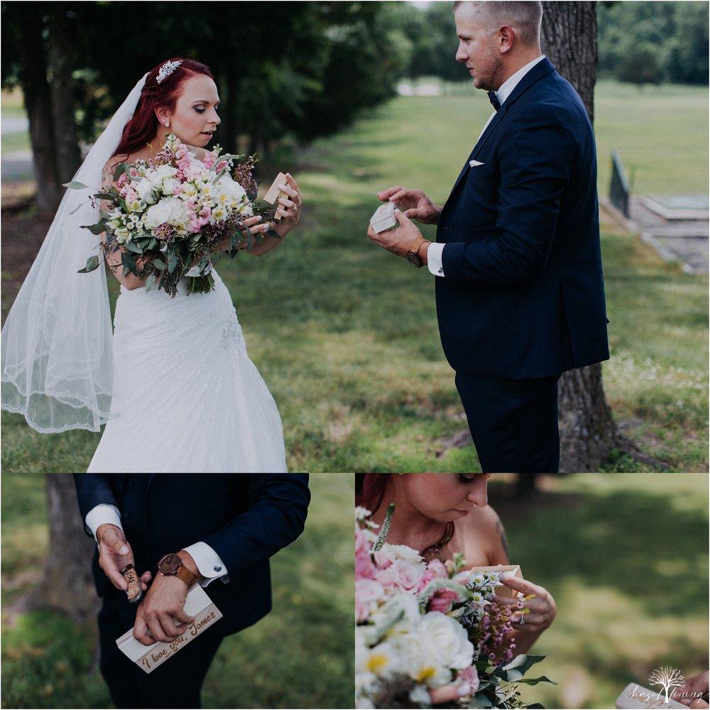 alyssa-james-stiteler-wedding-loft-and-sweet-water-cc-pennsburg-pennsylvania-hazel-lining-travel-wedding-elopement-photography_0030.jpg