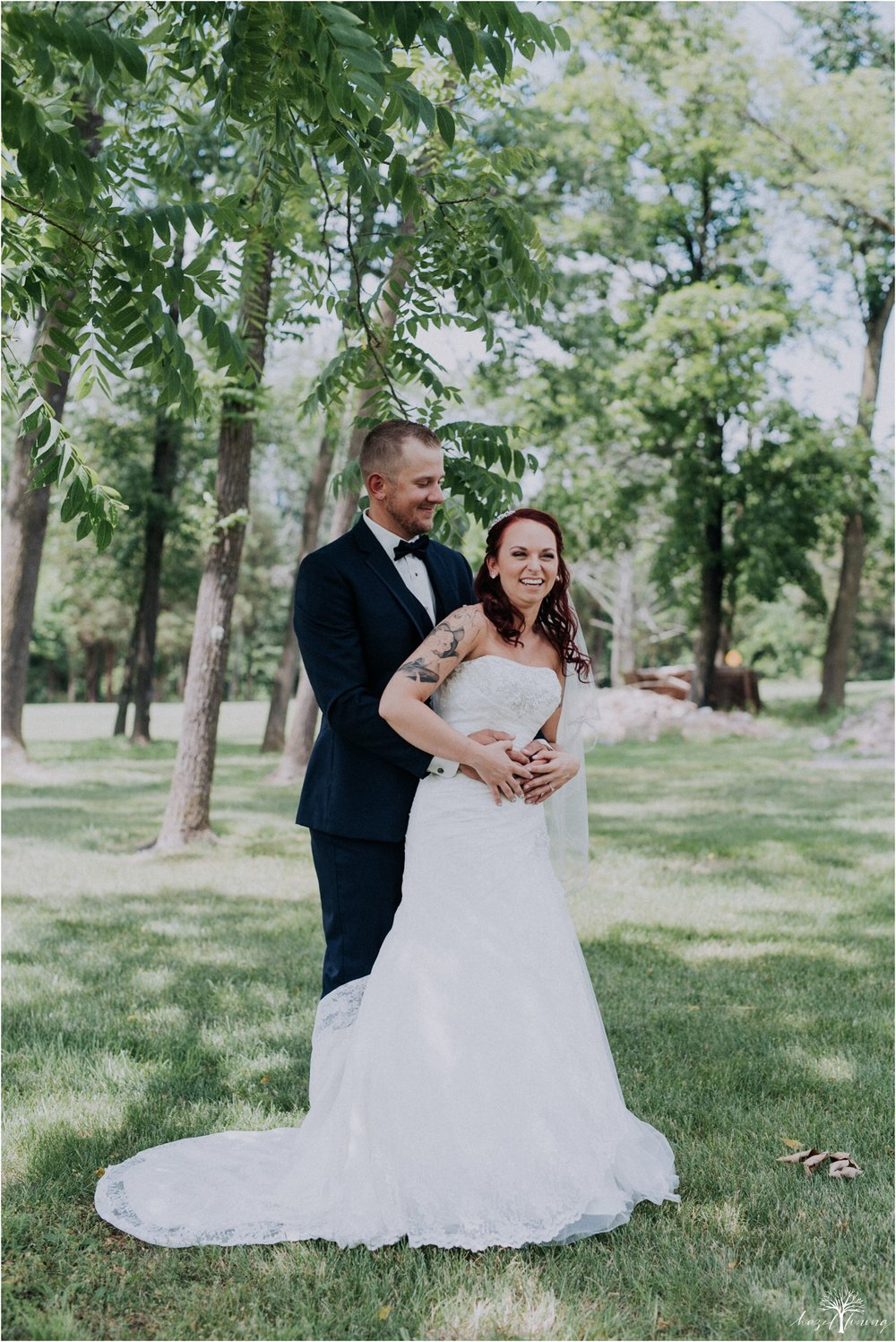 alyssa-james-stiteler-wedding-loft-and-sweet-water-cc-pennsburg-pennsylvania-hazel-lining-travel-wedding-elopement-photography_0038.jpg