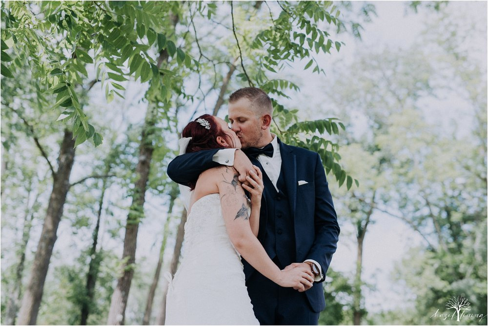 alyssa-james-stiteler-wedding-loft-and-sweet-water-cc-pennsburg-pennsylvania-hazel-lining-travel-wedding-elopement-photography_0041.jpg