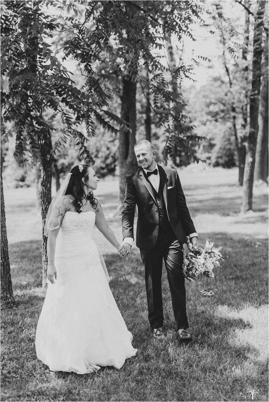 alyssa-james-stiteler-wedding-loft-and-sweet-water-cc-pennsburg-pennsylvania-hazel-lining-travel-wedding-elopement-photography_0046.jpg