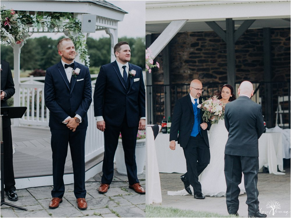 alyssa-james-stiteler-wedding-loft-and-sweet-water-cc-pennsburg-pennsylvania-hazel-lining-travel-wedding-elopement-photography_0048.jpg