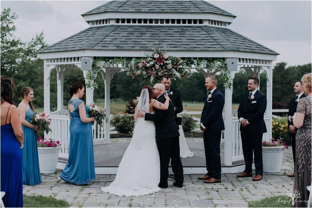 alyssa-james-stiteler-wedding-loft-and-sweet-water-cc-pennsburg-pennsylvania-hazel-lining-travel-wedding-elopement-photography_0051.jpg