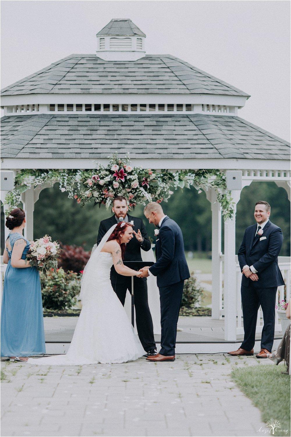 alyssa-james-stiteler-wedding-loft-and-sweet-water-cc-pennsburg-pennsylvania-hazel-lining-travel-wedding-elopement-photography_0055.jpg