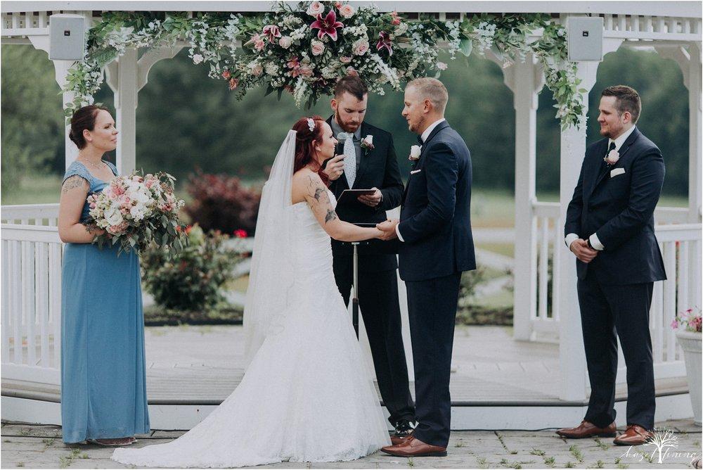 alyssa-james-stiteler-wedding-loft-and-sweet-water-cc-pennsburg-pennsylvania-hazel-lining-travel-wedding-elopement-photography_0057.jpg