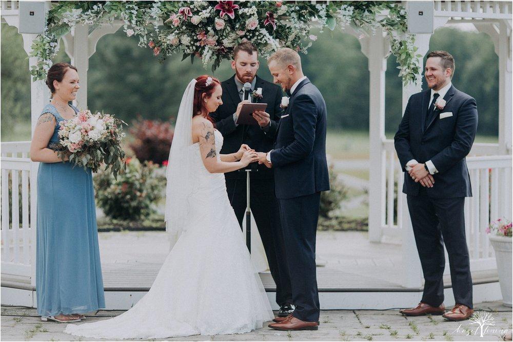 alyssa-james-stiteler-wedding-loft-and-sweet-water-cc-pennsburg-pennsylvania-hazel-lining-travel-wedding-elopement-photography_0058.jpg