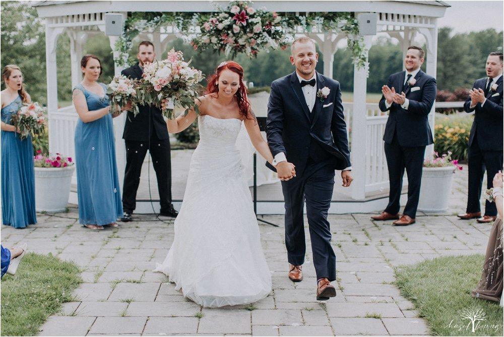 alyssa-james-stiteler-wedding-loft-and-sweet-water-cc-pennsburg-pennsylvania-hazel-lining-travel-wedding-elopement-photography_0064.jpg
