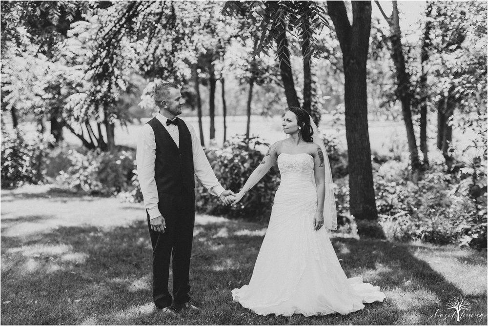 alyssa-james-stiteler-wedding-loft-and-sweet-water-cc-pennsburg-pennsylvania-hazel-lining-travel-wedding-elopement-photography_0086.jpg