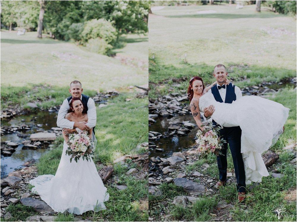 alyssa-james-stiteler-wedding-loft-and-sweet-water-cc-pennsburg-pennsylvania-hazel-lining-travel-wedding-elopement-photography_0093.jpg