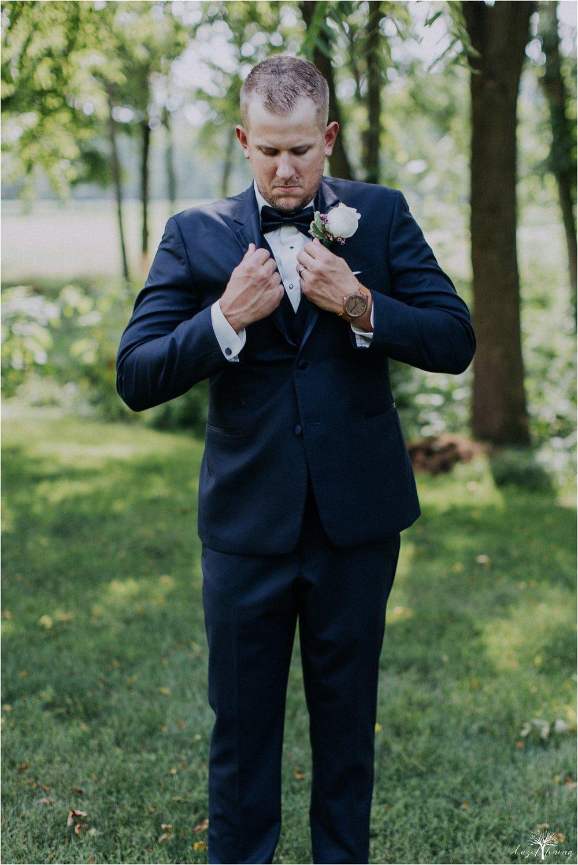 alyssa-james-stiteler-wedding-loft-and-sweet-water-cc-pennsburg-pennsylvania-hazel-lining-travel-wedding-elopement-photography_0100.jpg