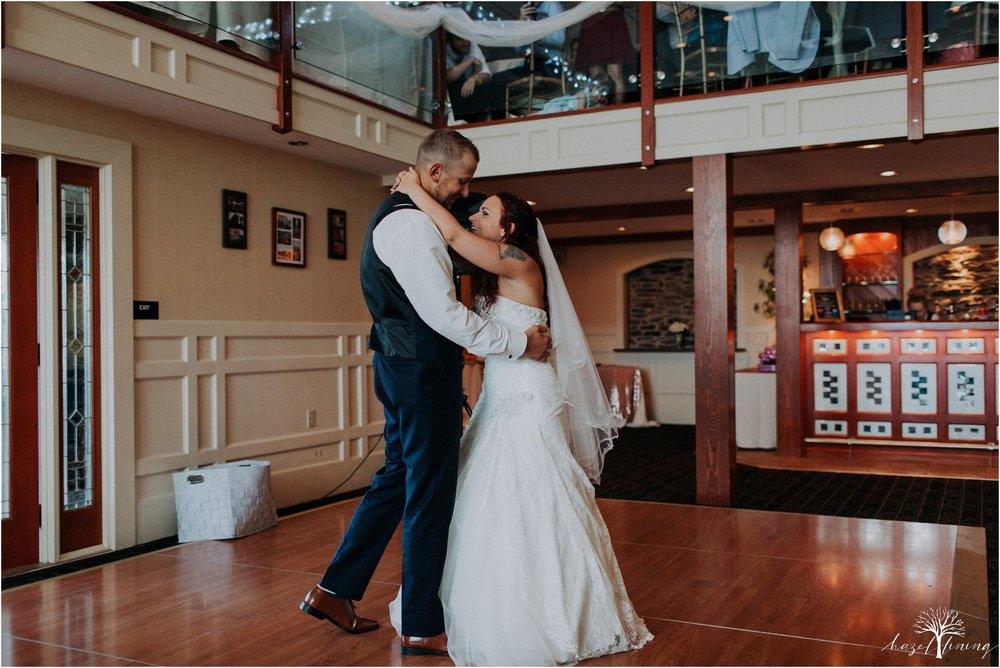 alyssa-james-stiteler-wedding-loft-and-sweet-water-cc-pennsburg-pennsylvania-hazel-lining-travel-wedding-elopement-photography_0126.jpg