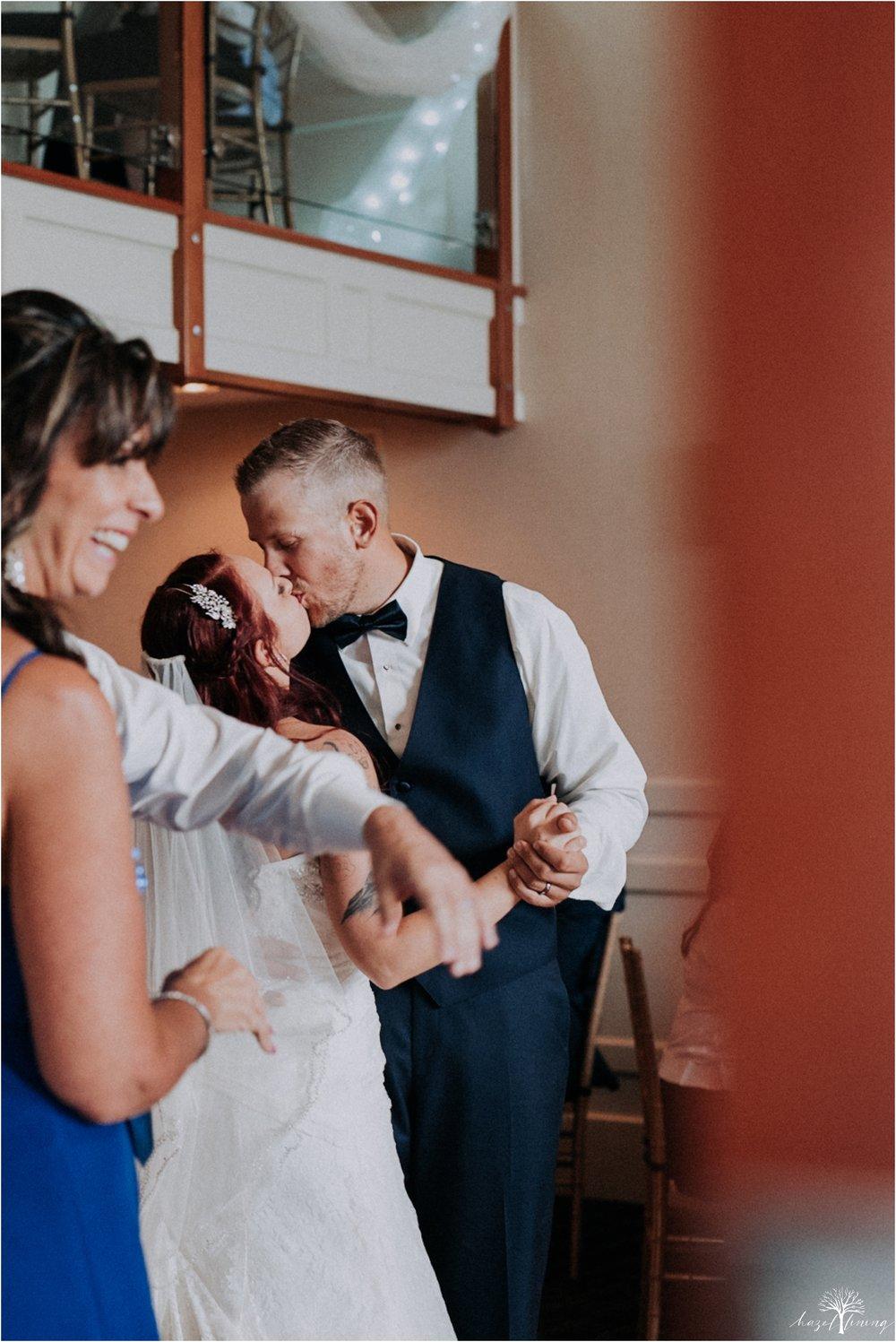 alyssa-james-stiteler-wedding-loft-and-sweet-water-cc-pennsburg-pennsylvania-hazel-lining-travel-wedding-elopement-photography_0131.jpg