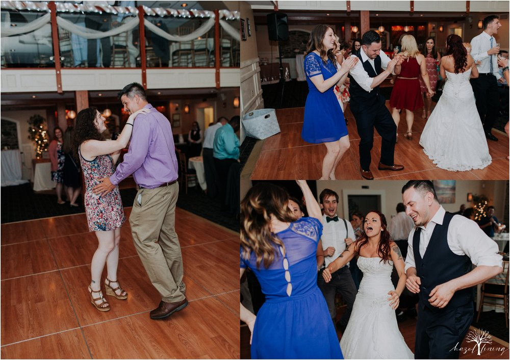 alyssa-james-stiteler-wedding-loft-and-sweet-water-cc-pennsburg-pennsylvania-hazel-lining-travel-wedding-elopement-photography_0147.jpg
