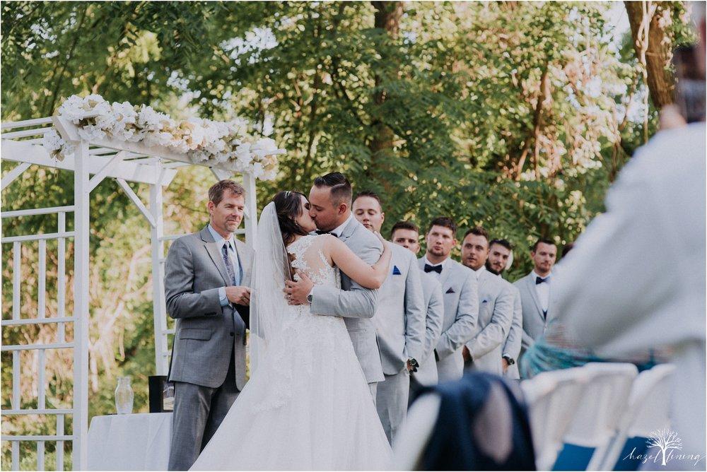 cassie-depinto-tyler-bodder-playwicki-farm-buck-hotel-featserville-trevose-pennsylvania-summer-outdoor-wedding-hazel-lining-travel-wedding-elopement-photography_0222.jpg