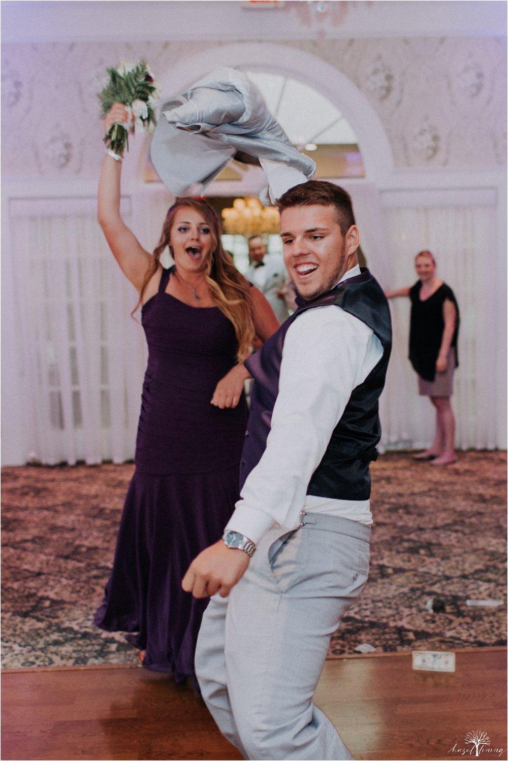 cassie-depinto-tyler-bodder-playwicki-farm-buck-hotel-featserville-trevose-pennsylvania-summer-outdoor-wedding-hazel-lining-travel-wedding-elopement-photography_0277.jpg