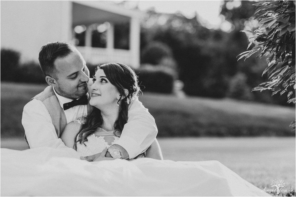 cassie-depinto-tyler-bodder-playwicki-farm-buck-hotel-featserville-trevose-pennsylvania-summer-outdoor-wedding-hazel-lining-travel-wedding-elopement-photography_0319.jpg