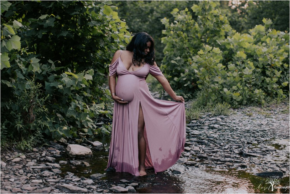 leyka-kristofer-chaparro-ralph-stover-state-park-summer-golden-hour-stream-maternity-session-hazel-lining-travel-wedding-elopement-photography_0013.jpg