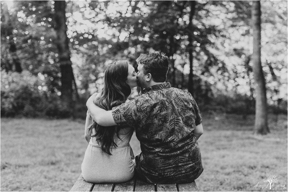 kelsey-delaney-kevin-jordan-tyler-state-park-newtown-pennsylvania-golden-hour-sunset-engagement-session-hazel-lining-travel-wedding-elopement-photography_0068.jpg