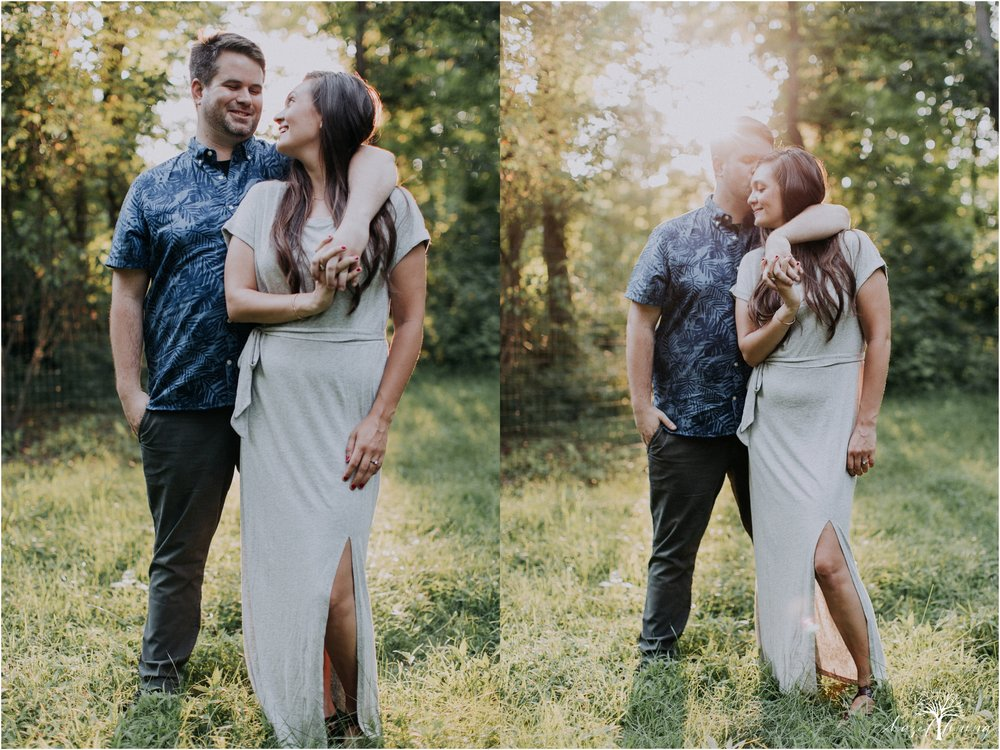 kelsey-delaney-kevin-jordan-tyler-state-park-newtown-pennsylvania-golden-hour-sunset-engagement-session-hazel-lining-travel-wedding-elopement-photography_0078.jpg