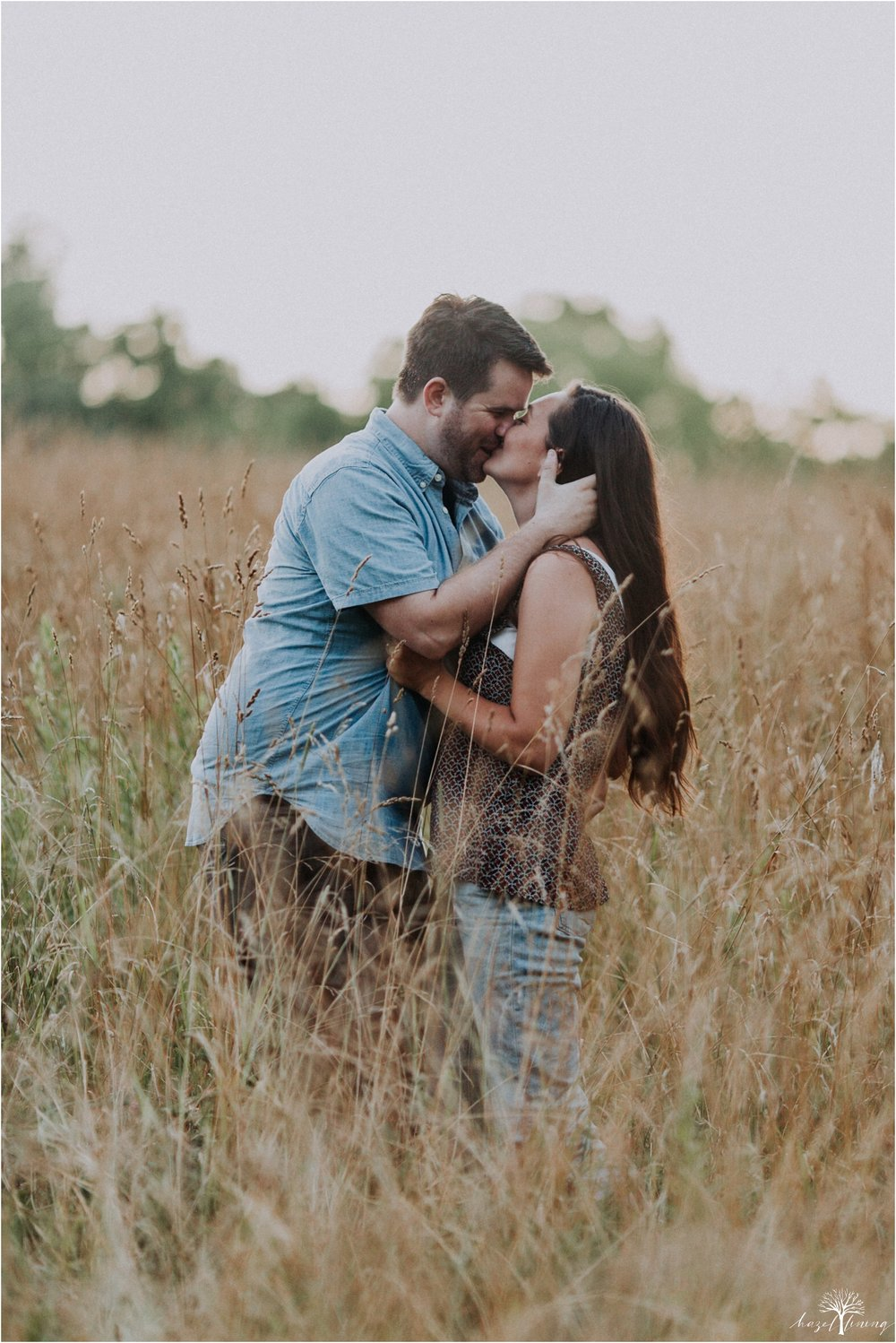 kelsey-delaney-kevin-jordan-tyler-state-park-newtown-pennsylvania-golden-hour-sunset-engagement-session-hazel-lining-travel-wedding-elopement-photography_0123-1.jpg