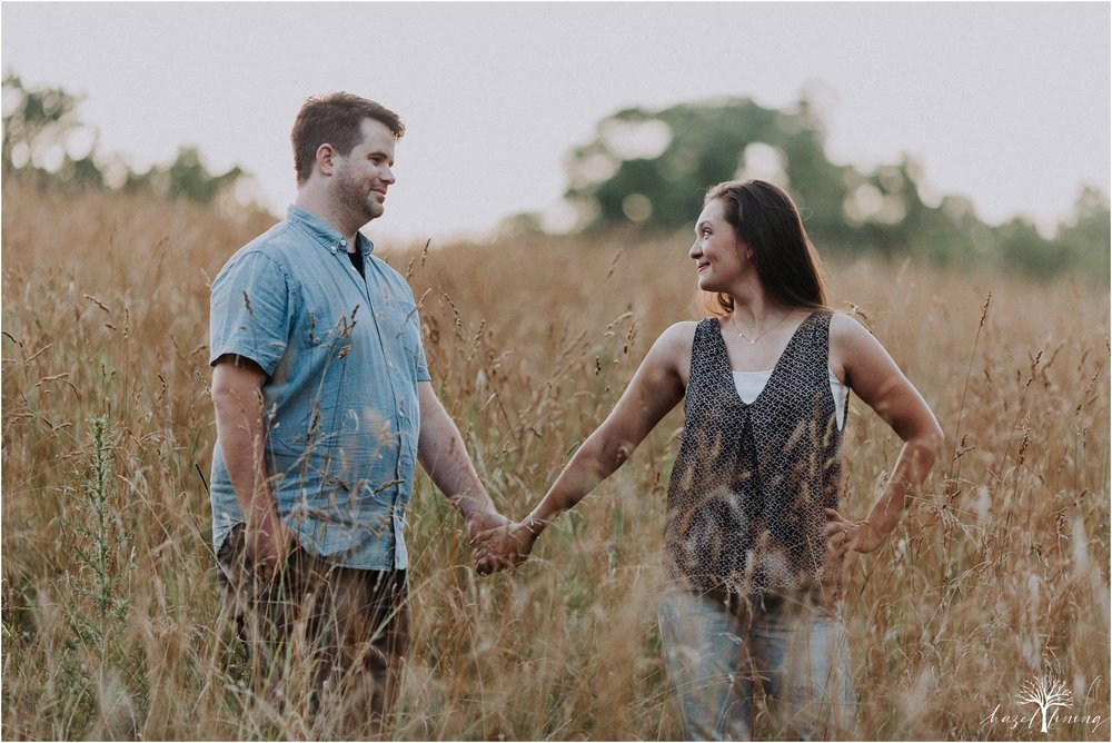 kelsey-delaney-kevin-jordan-tyler-state-park-newtown-pennsylvania-golden-hour-sunset-engagement-session-hazel-lining-travel-wedding-elopement-photography_0126.jpg