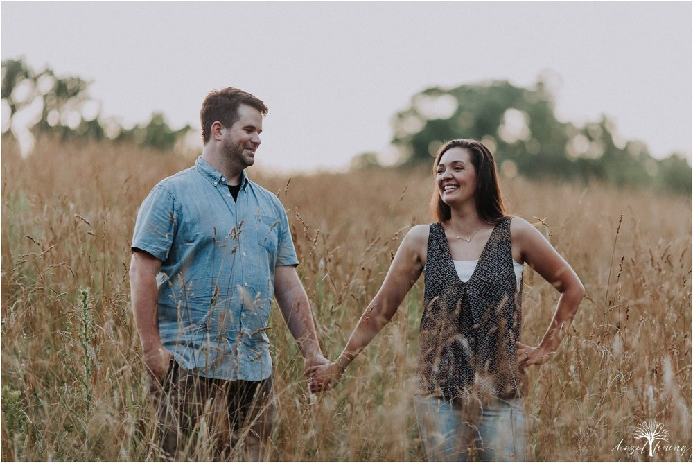 kelsey-delaney-kevin-jordan-tyler-state-park-newtown-pennsylvania-golden-hour-sunset-engagement-session-hazel-lining-travel-wedding-elopement-photography_0127.jpg