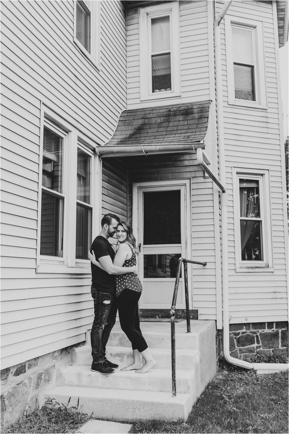 steph-reif-jordan-cox-in-home-lifestyle-engagement-session-hazel-lining-travel-wedding-elopement-photography_0103.jpg
