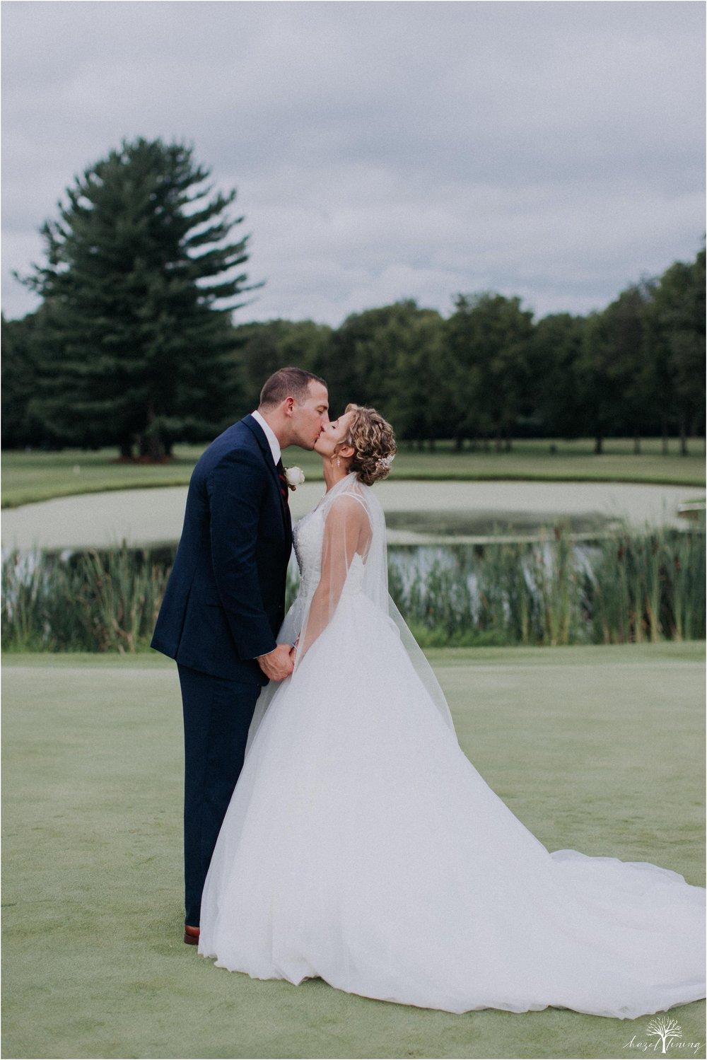 jonathan-weibel-becky-haywood-loft-at-sweetwater-cc-pennsburg-pennsylvania-rainy-day-summer-wedding-hazel-lining-travel-wedding-elopement-photography_0079.jpg