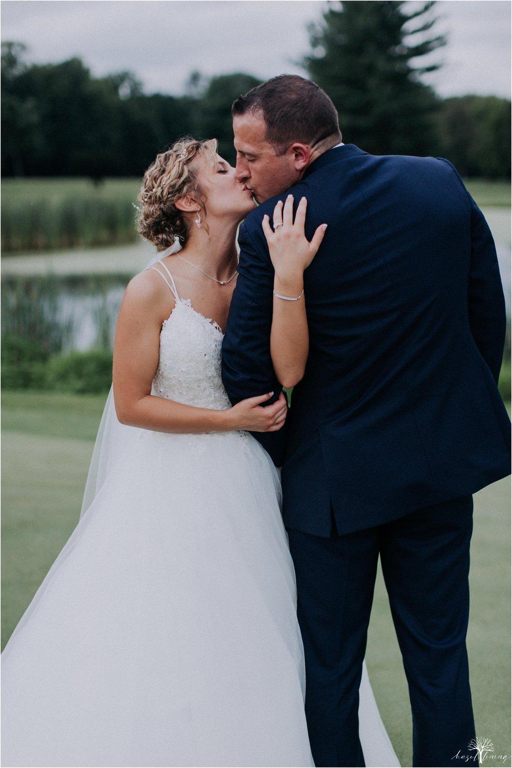 jonathan-weibel-becky-haywood-loft-at-sweetwater-cc-pennsburg-pennsylvania-rainy-day-summer-wedding-hazel-lining-travel-wedding-elopement-photography_0093.jpg
