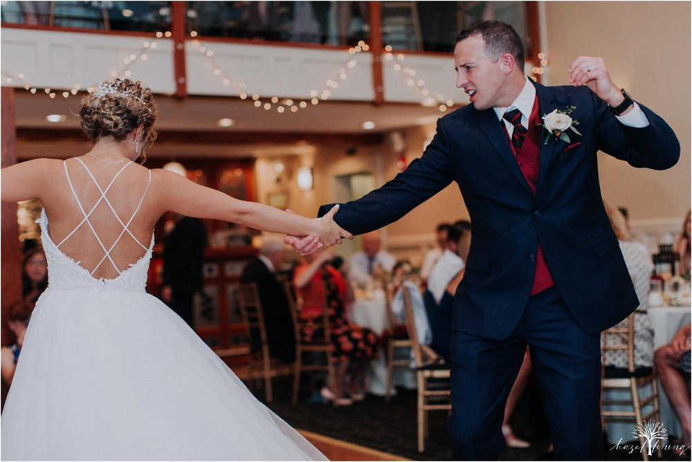 jonathan-weibel-becky-haywood-loft-at-sweetwater-cc-pennsburg-pennsylvania-rainy-day-summer-wedding-hazel-lining-travel-wedding-elopement-photography_0111.jpg